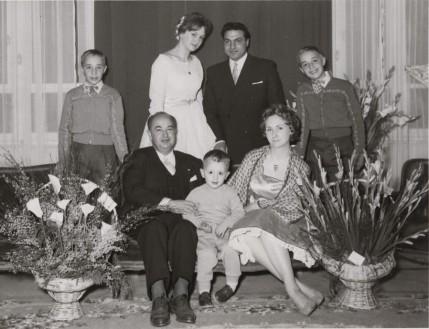 Souleiman Joukhadar avec sa famille, à l'âge de 4 ans.
